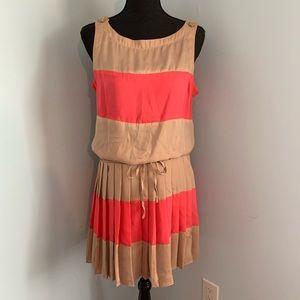 Cache pleated skirt sleeveless dress tan coral M